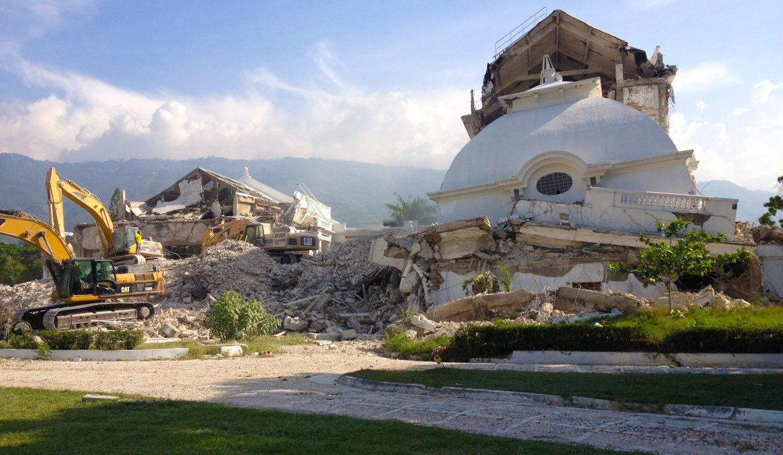 Cinco estrategias para que el Haití post terremoto recupere su comunicación internacional